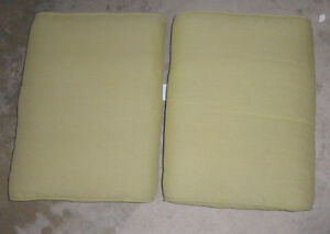 2 patio chair seat cushions, other patio cushions, lounge chair Kitchener / Waterloo Kitchener Area image 2