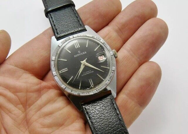Vintage mens services/roamer watch