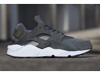 Nike air Huaraches size 10 men's trainers