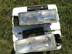 Chevy Astro GMC Safari Head Lights.....clean and like new