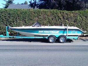 22' Ski Nautique Open Bow Wakeboard/Ski Towboat - $9775 (Yarrow