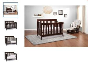 BABY CRIB 4 IN 1 STORK CRAFT ESPRESSO SOLID WOOD BRAND NEW BOX