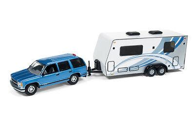 Johnny Lightning Chevrolet Tahoe 1997 With Camper Blue Jlsp019 1 64