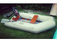 8FT INFLATEABLE DINGHY AND 2.2 SUZUKI 2 STROKE OUTBOARD