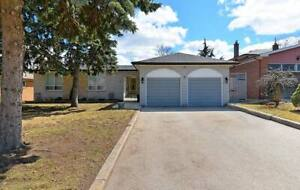 Priced to Sell.  Large Lot  in Thornhill (Uplands).