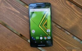 Quick Sale - Moto X Play 5.5 Inch Full HD 21MP + Hard Case + Protective Screen