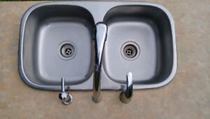Top Mount Stainless Steel Double Kitchen Sink w/ Delta Faucet