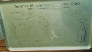 SILVER TRAY WITH FACIMILE AUTOGRAPHS OF THE 1962-63 TORONT0 LEAF