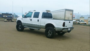 Lifted 2000 7.3 powerstroke gtp38r