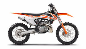 DIRT BIKE FOR SALE!! KTM 2017 250 SX