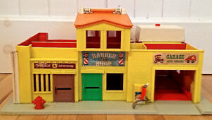 Vintage 1973 RARE Jouet ancien FISHER PRICE Family Village