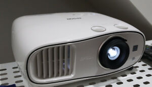 Epson Home Cinema 3500 1080p/3D Projector *As New*