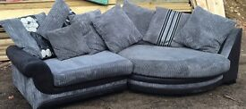 Grey corner sofa very good condition can delivery locally