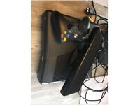Cheap Xbox 360 including one remote control, Kinect sensor & 4 games