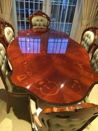 Italian Inlaid Dining Table With 6 Chairs