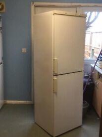 Like brand new BOSCH fridge freezer for sale