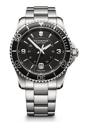 New Victorinox Swiss Army Maverick Black Dial Stainless Steel Men's Watch 241697