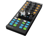 2x traktor controller X1mk 2/included cases new