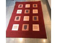 Red Modern Polypropylene Design Rug 47in/120cm x 66in/170cm