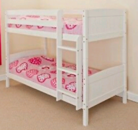 Shorty bunk bed with mattresses