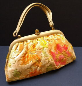 Vintage floral tapestry carpet handbag /purse