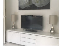 TV LG 32 INCH WITH FREEVIEW