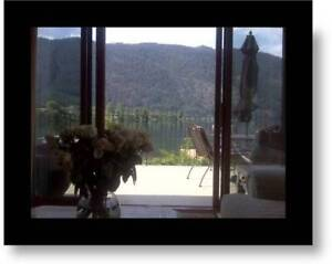 SUMMERTIME FUN!!!  LAKEFRONT  HOME  ON THE SHUSWAP