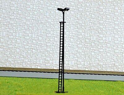 S218 - 4 Stück Flutlichtstrahler 12cm Flutlicht mit 2 LED Strahler am Mast