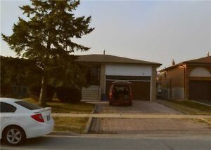 Classic Family Home! 3 Bdrm Bungalow, Quiet Woodbridge Street