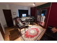 Classic Music recording studio to share in Brick Lane.