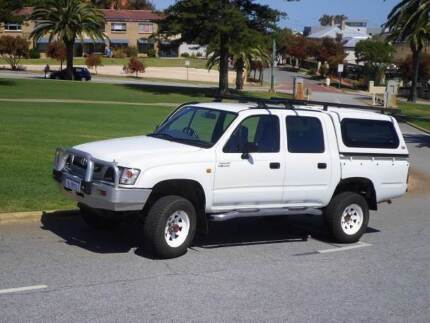 2004 Toyota Hilux 4X4, V6 Auto, ideal camper/ touring car Fremantle Fremantle Area Preview