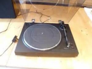 Sony Stereo Turntable Servo Controlled PS-LX100