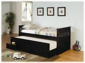Daybed with Storage Trundle, Great bed for sleepovers!!