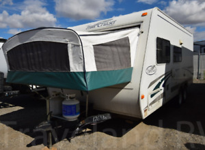 2004 R-Vision 25' travel trailer