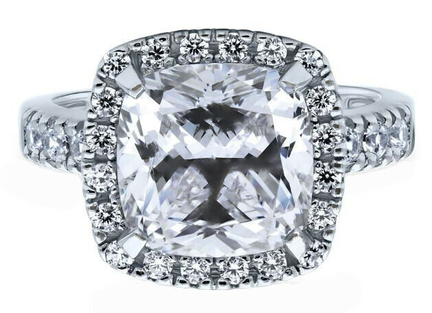 GIA Certified Diamond Engagement Ring  3.68 CT Cushion Cut Platinum VVS1