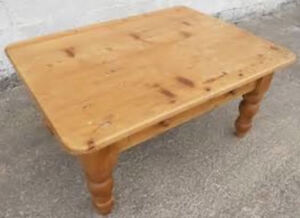 COFFEE TABLES, CABINETS, FURNITURE / PAINTING