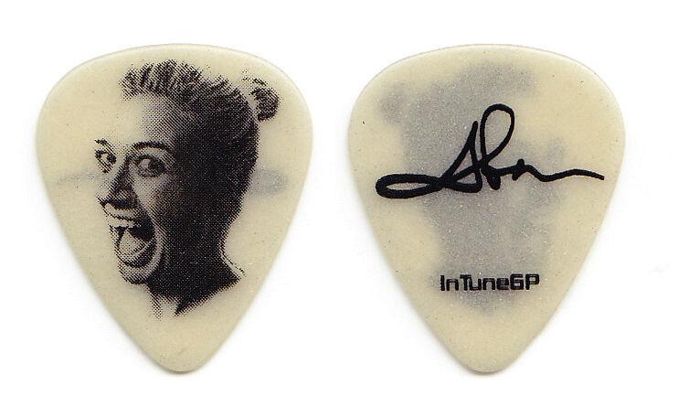 Kelly Clarkson Abe Neubanks Glow Guitar Pick - 2015 Piece By Piece Tour