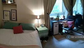 Studio flat in Kensington Gardens Square, London, W2 (#1023838)