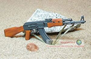 1:6 Scale Action Figure DRAGON RUSSIAN MACHINE GUN ASSAULT RIFLE #1 AK-47