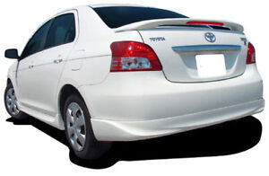 Aileron arrière Toyota Yaris 2007 à 2011 neuf