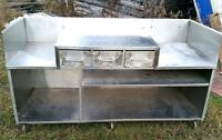 Griddle / grill cabinet station