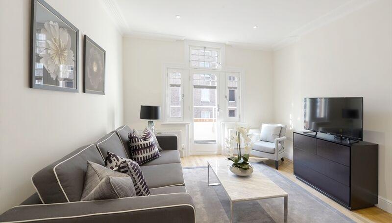Stunning Brand new modern 3 flat bedroom near Ravenscourt Park