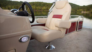 ONLY 1  2015  PONTOON BOAT LEFT BUY NOW NO PAYMENTS TILL SPRING