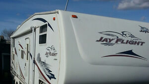 Jayco 27.5 Fifth wheel Bunk model