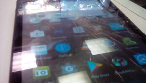 FAST AMAZON FIRE HD 8 TABLET - CRACKED SCREEN