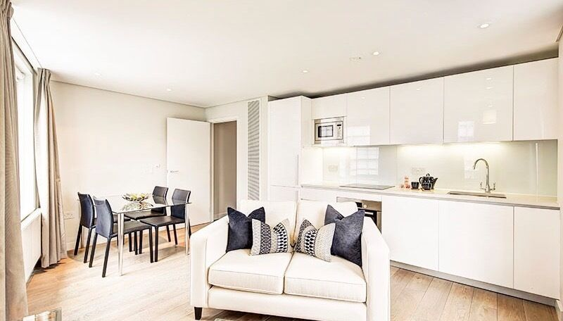 Spacious Fully Furnished one bedroom in Paddington