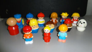 Lot de 16 figurines Little Peoples differentes
