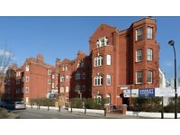 Tranquil 2Bedroom and flexible rental terms in Hamlet Gardens London