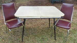 MID CENTURY CHROME TABLE AND 2 CHAIRS
