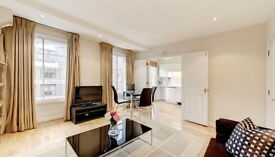 An immaculate 5 to 6 bedrooms house in Ealing, W5